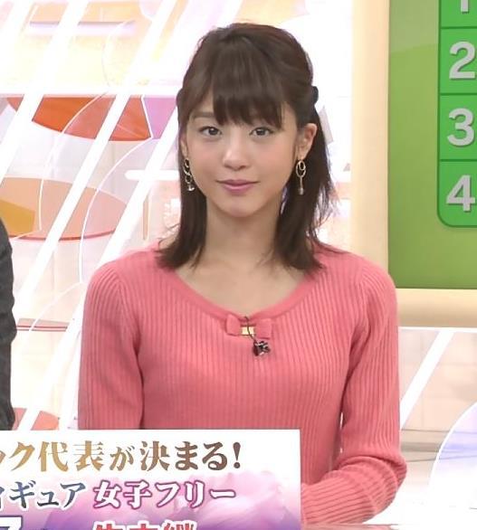 岡副麻希 ニットおっぱいを両腕で挟んだ結果…キャプ・エロ画像5