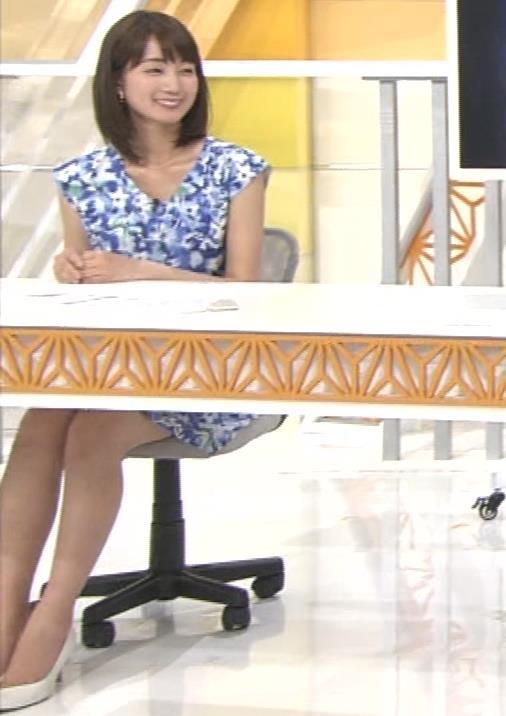 小野彩香 都落ち?福岡で夕方のニュースの司会してるキャプ・エロ画像2