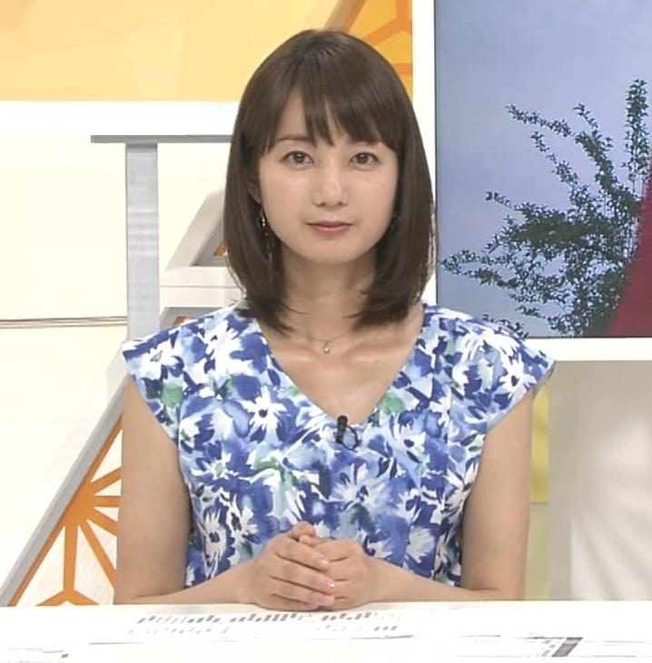 小野彩香 都落ち?福岡で夕方のニュースの司会してるキャプ・エロ画像5