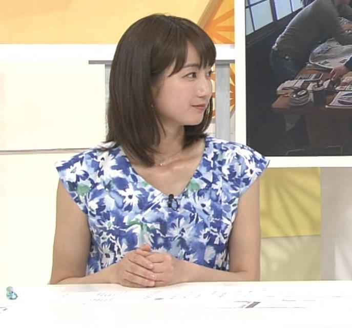 小野彩香 都落ち?福岡で夕方のニュースの司会してるキャプ・エロ画像6