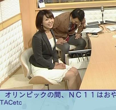 大成安代アナ タイトめなスカートのお尻キャプ・エロ画像13