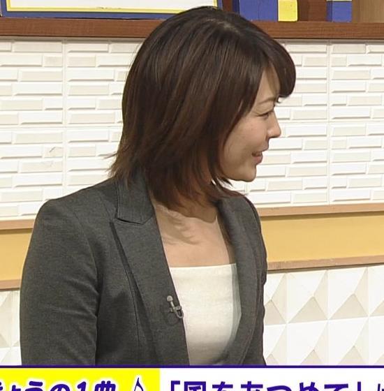 大成安代アナ タイトめなスカートのお尻キャプ・エロ画像10