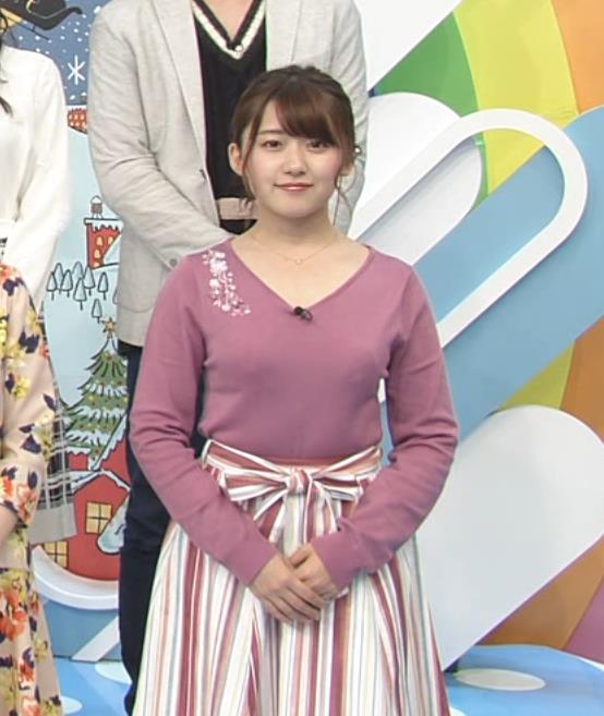 尾崎里紗アナ とおっぱいキャプ・エロ画像3