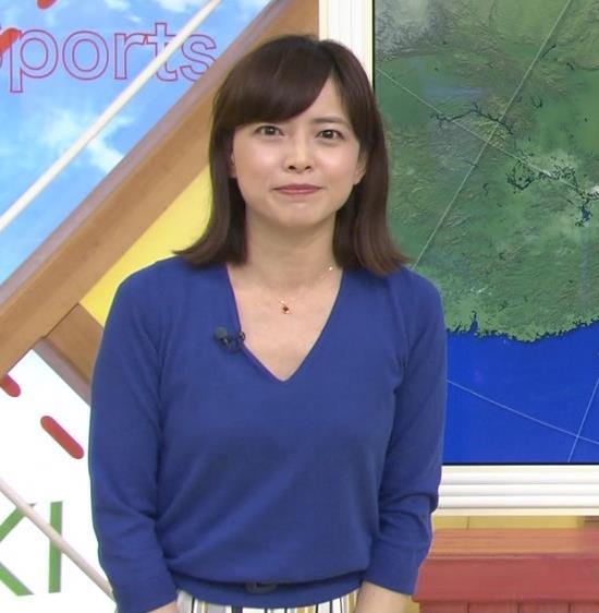 尾崎朋美 緩めのニットおっぱいキャプ・エロ画像3