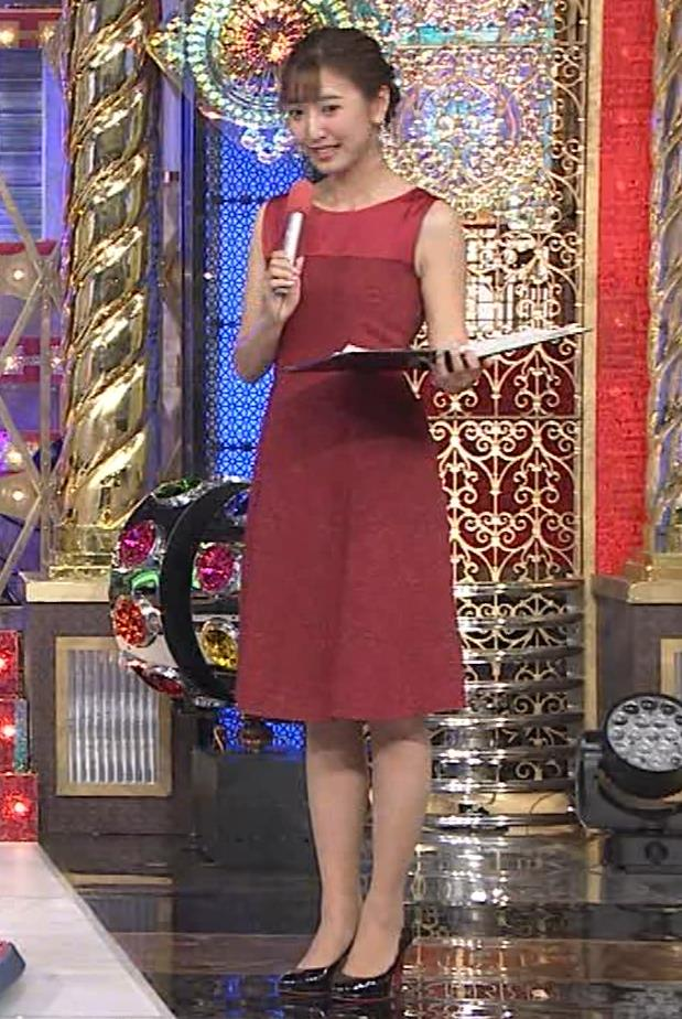 小澤陽子アナ ノースリーブのワンピースキャプ・エロ画像6