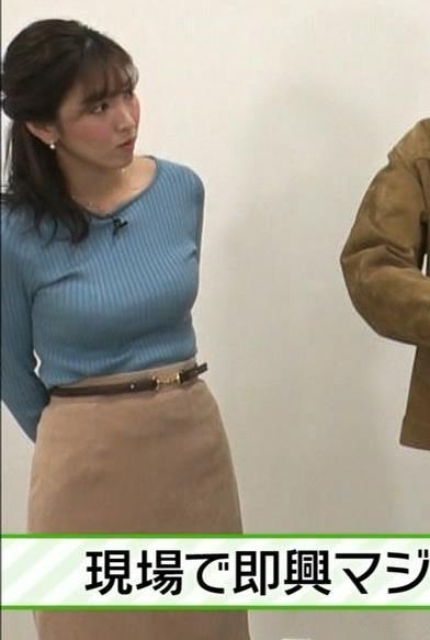 アナ 爆乳ミニスカ▼ゾーンキャプ・エロ画像5