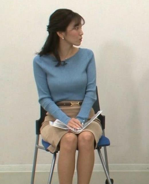 小澤陽子 爆乳ミニスカのデルタゾーンキャプ画像(エロ・アイコラ画像)