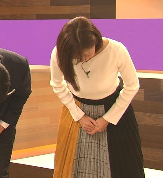 小澤陽子アナ おっぱいパツパツキャプ・エロ画像8