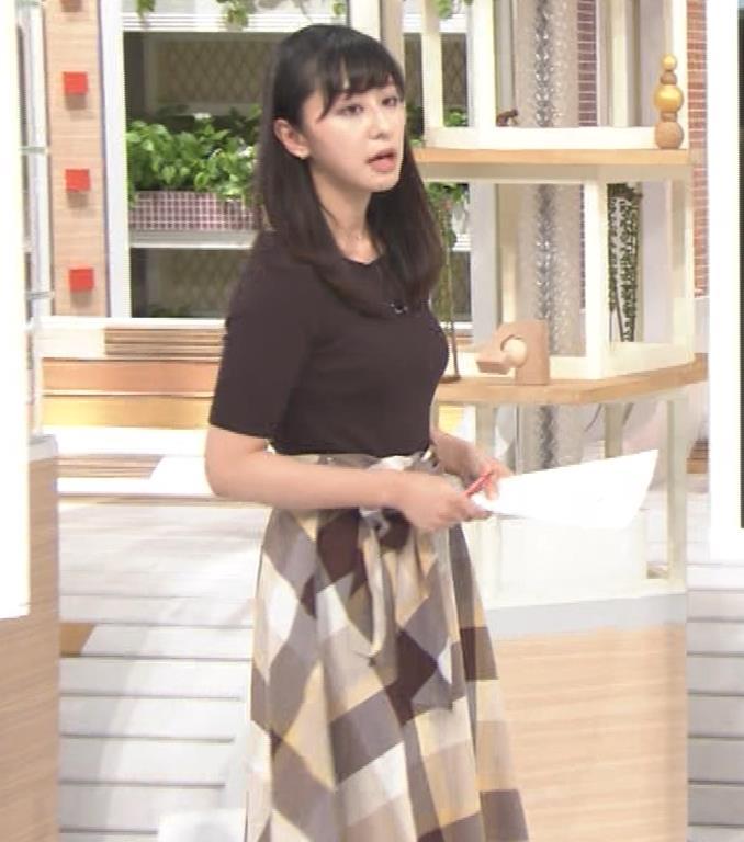 斎藤ちはるアナ 形のよさそうな横乳キャプ・エロ画像4