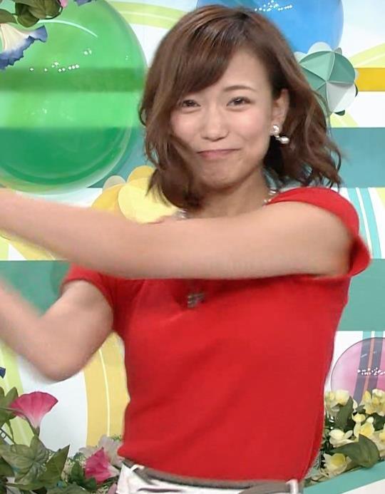 斎藤真美アナ タイトな服でエロいおっぱいキャプ・エロ画像18