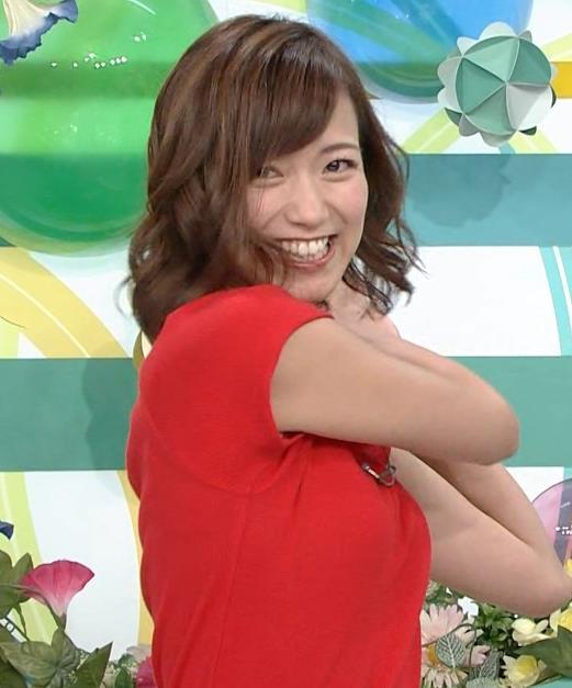 斎藤真美アナ タイトな服でエロいおっぱいキャプ・エロ画像19