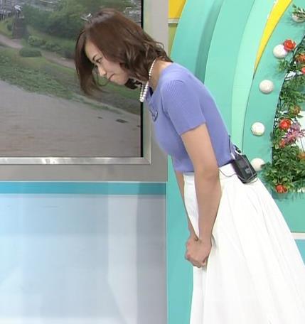 斎藤真美アナ ニット乳が大きくてエロいキャプ・エロ画像15