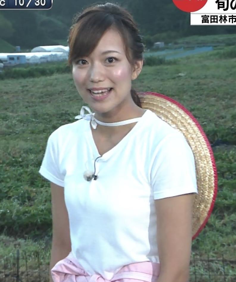 斎藤真美アナ 美人アナのTシャツおっぱいキャプ・エロ画像3
