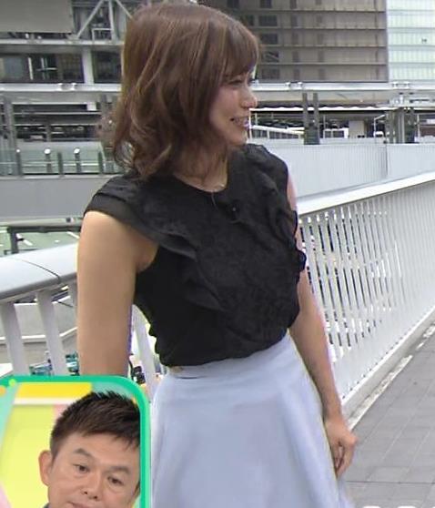 斎藤真美アナ ノースリーブでワキちらキャプ・エロ画像2
