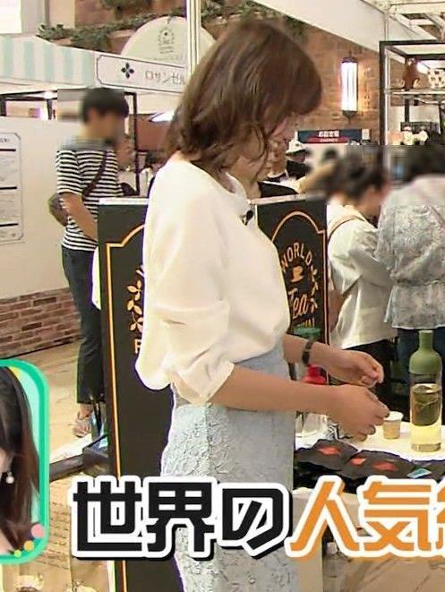斎藤真美アナ タイトスカートのお尻がエロいキャプ・エロ画像4