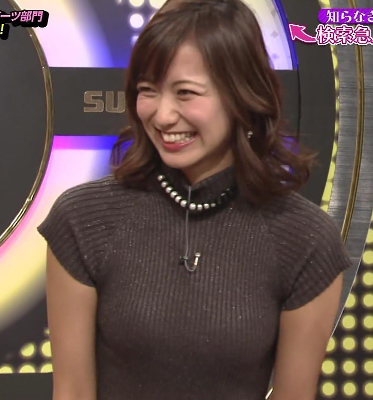 斎藤真美アナ エロかわいいピチピチのニットおっぱいキャプ・エロ画像6