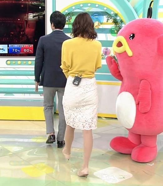 斎藤真美アナ タイトスカートのお尻がいい感じ!キャプ・エロ画像4