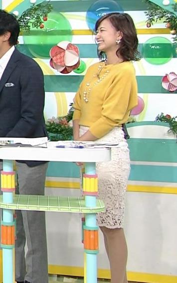 斎藤真美アナ タイトスカートのお尻がいい感じ!キャプ・エロ画像7