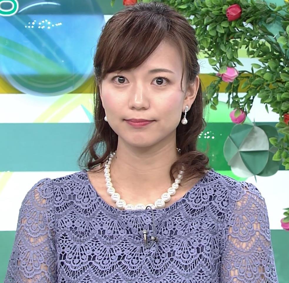 斎藤真美アナ 透け透けレース衣装キャプ・エロ画像5