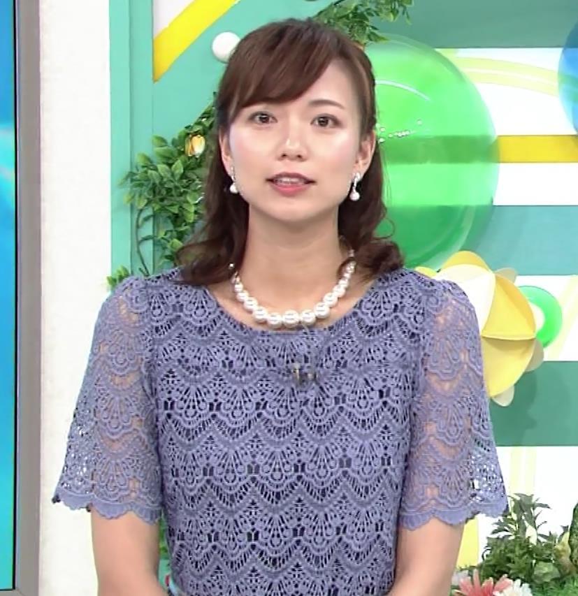 斎藤真美アナ 透け透けレース衣装キャプ・エロ画像6