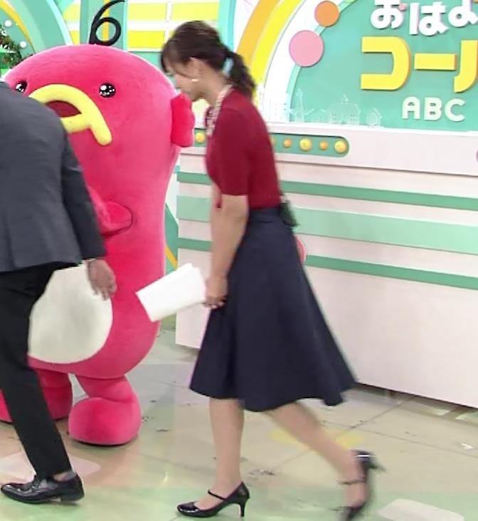 斎藤真美アナ ピチピチなニットおっぱいキャプ・エロ画像3