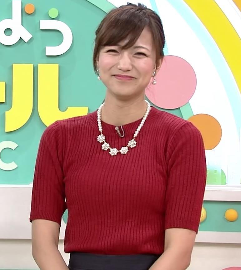 斎藤真美アナ ピチピチなニットおっぱいキャプ・エロ画像10