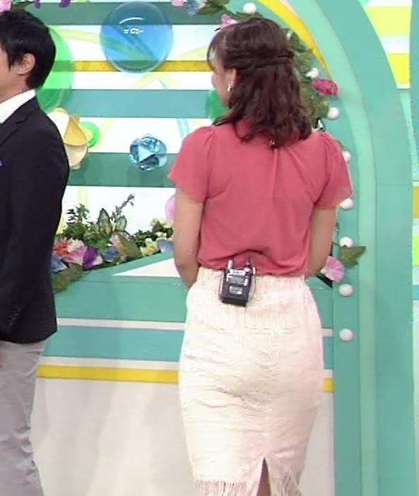 斎藤真美アナ タイトスカートお尻キャプ・エロ画像5