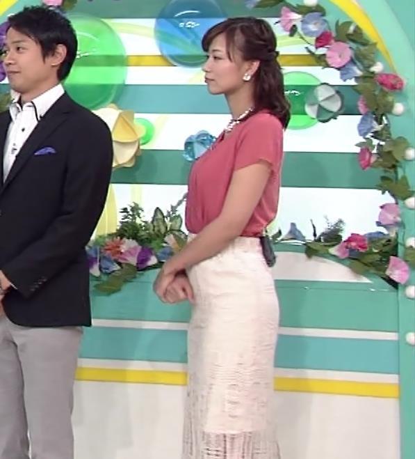 斎藤真美アナ タイトスカートお尻キャプ・エロ画像6