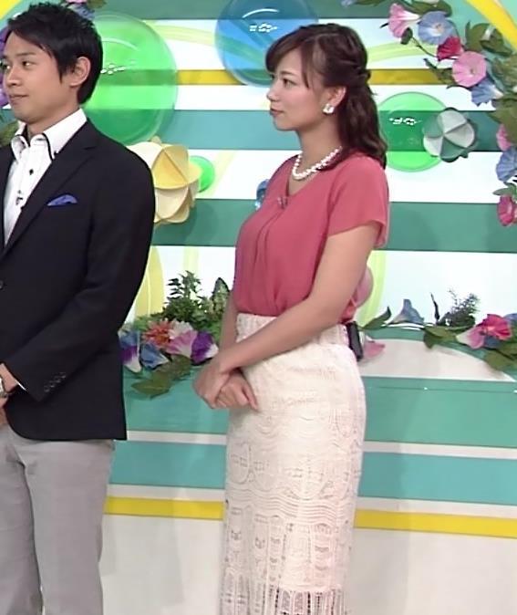 斎藤真美アナ タイトスカートお尻キャプ・エロ画像7