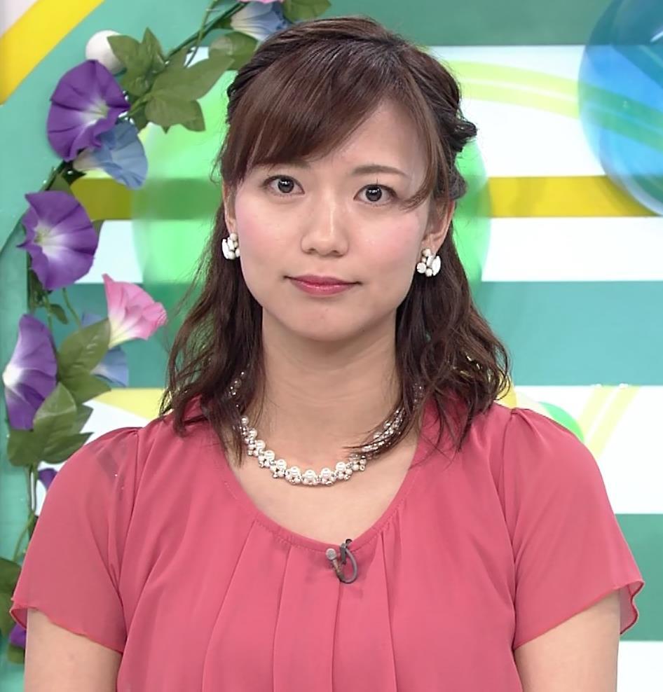斎藤真美アナ タイトスカートお尻キャプ・エロ画像10