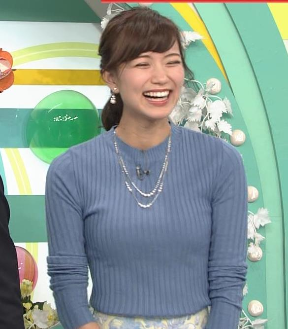 斎藤真美アナ ニット巨乳キャプ画像8