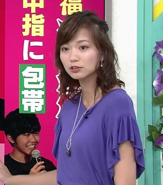斎藤真美アナ ふんわり横乳キャプ・エロ画像2