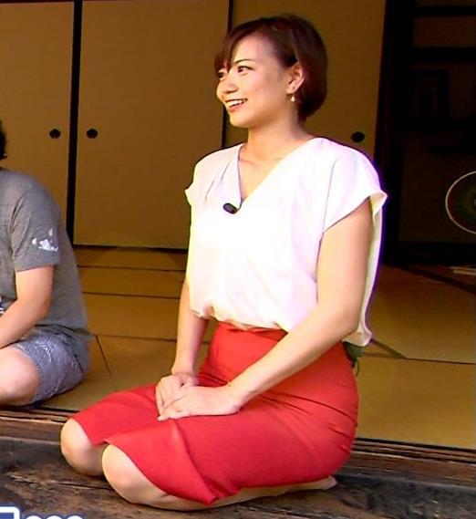 斎藤真美アナ タイトスカートでエロいお尻がクッキリキャプ・エロ画像14