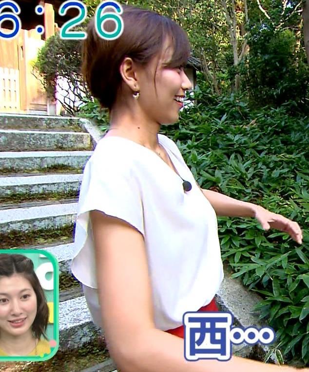 斎藤真美アナ タイトスカートでエロいお尻がクッキリキャプ・エロ画像6