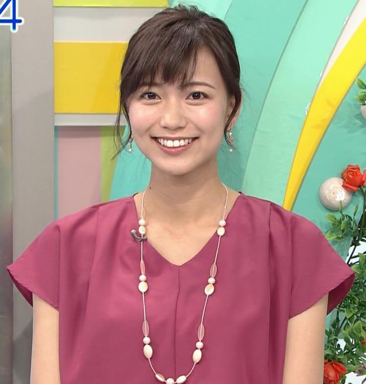 斎藤真美アナ 花柄のスカートキャプ・エロ画像5