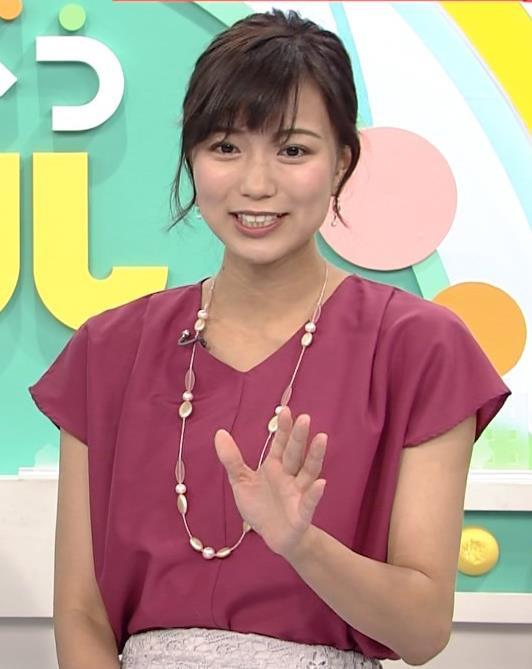 斎藤真美アナ 花柄のスカートキャプ・エロ画像6