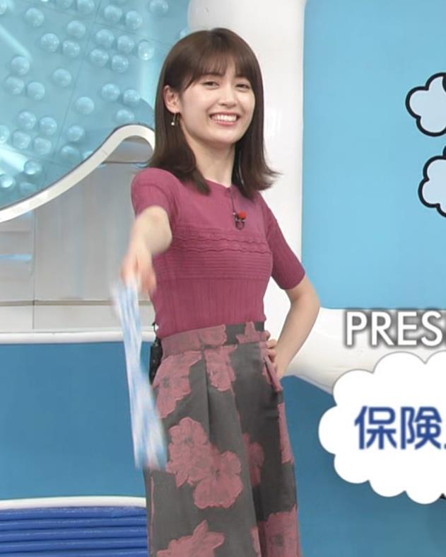 榊原美紅 モデルのニット乳と疑似フェラキャプ・エロ画像