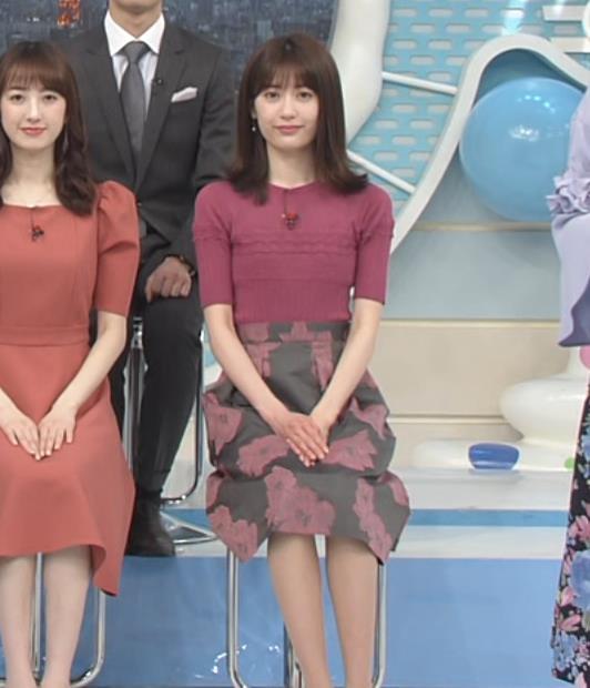 榊原美紅 モデルのニット乳と疑似フェラキャプ・エロ画像2