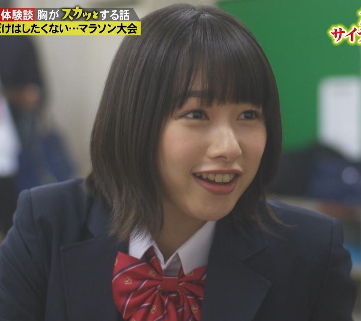 桜井日奈子 (女子高生役)体操服で脚露出キャプ・エロ画像4