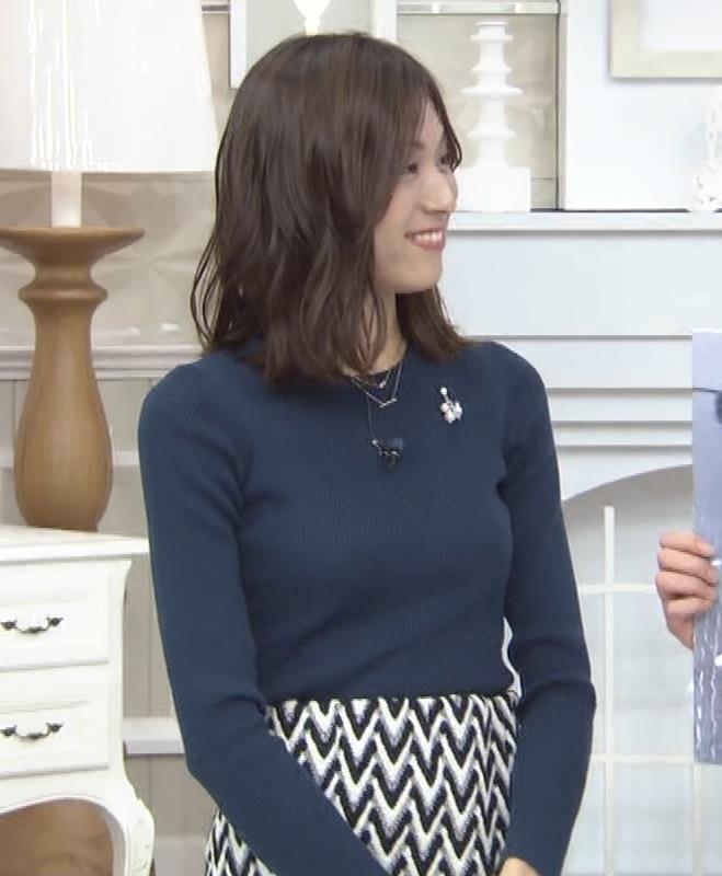 笹川友里アナ いつもタイトめなニット着てる気がするキャプ・エロ画像5