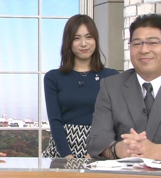 笹川友里アナ いつもタイトめなニット着てる気がするキャプ・エロ画像8