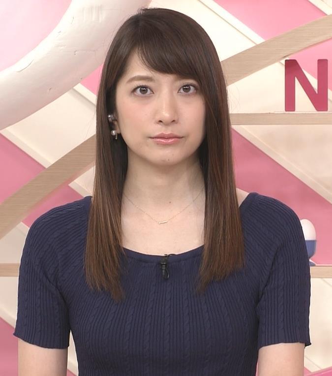 笹崎里菜アナ  「Oha!4 NEWS LIVE」キャプ・エロ画像