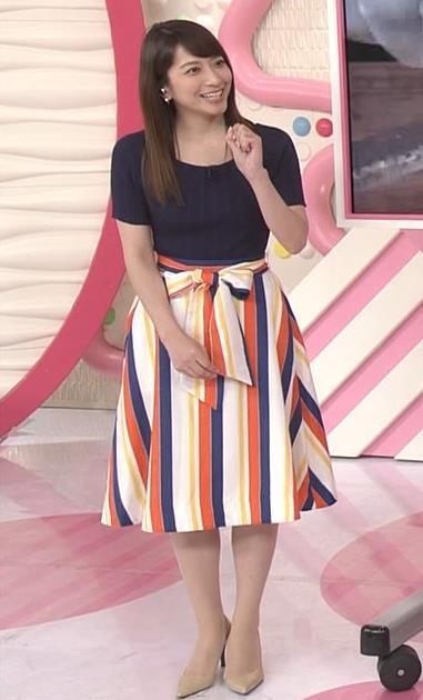 笹崎里菜アナ  「Oha!4 NEWS LIVE」キャプ・エロ画像6