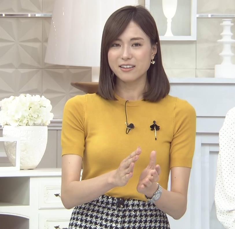 笹川友里アナ エッチな胸のふくらみキャプ・エロ画像5