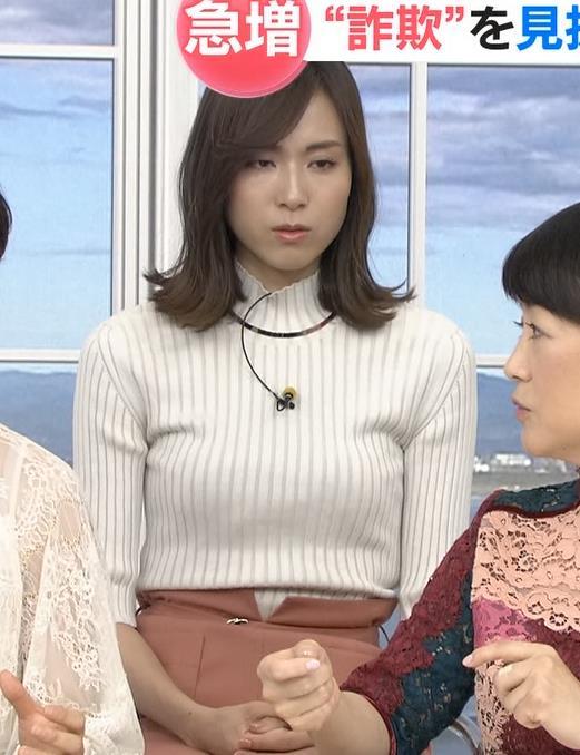 笹川友里アナ 縦縞でおっぱいらのラインがエロいキャプ・エロ画像4