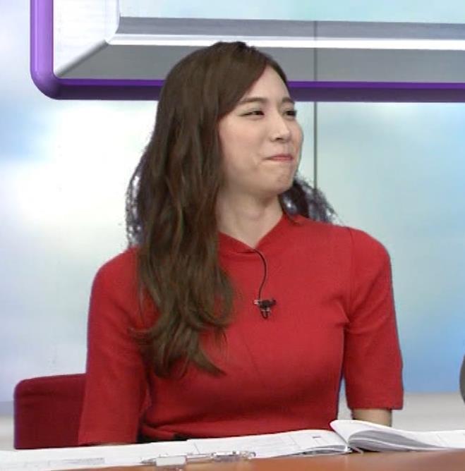笹川友里アナ クッキリ!ニットおっぱい♡キャプ・エロ画像6