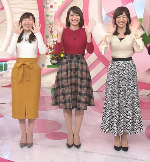 笹崎里菜アナ ワインレッドのぴったりニットキャプ・エロ画像5