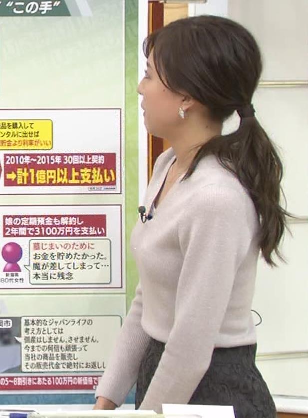 笹川友里アナ 細身なのに巨乳というエロいカラダキャプ・エロ画像12
