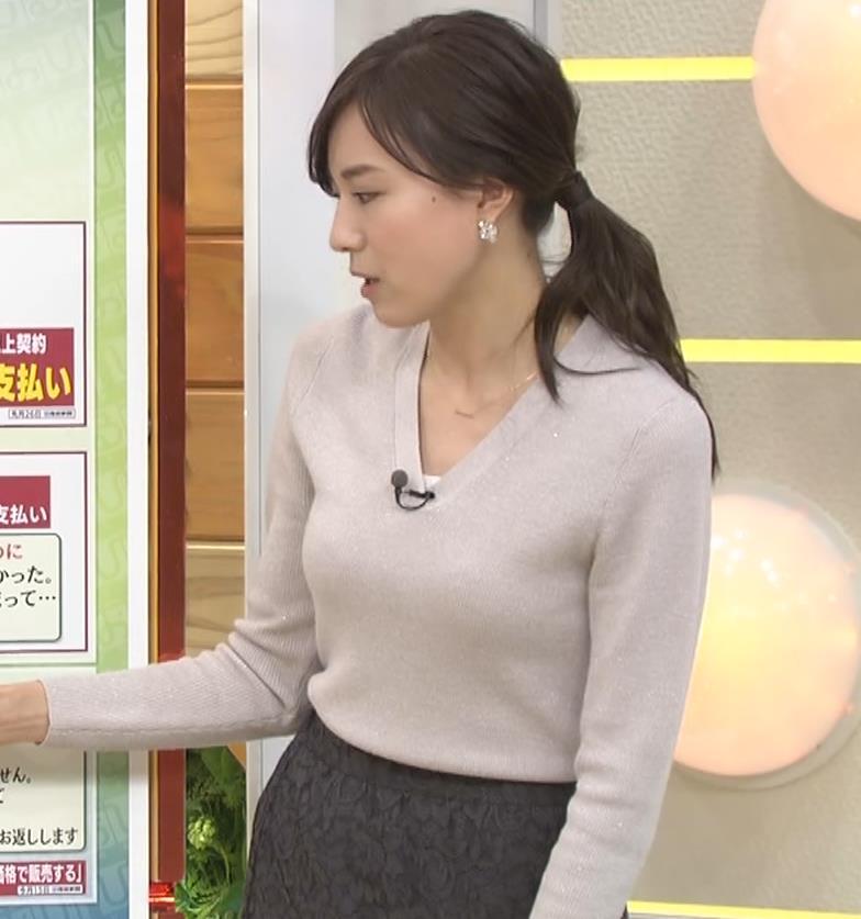 笹川友里アナ 細身なのに巨乳というエロいカラダキャプ・エロ画像15