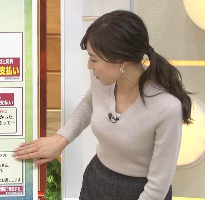 笹川友里アナ 細身なのに巨乳というエロいカラダキャプ・エロ画像16